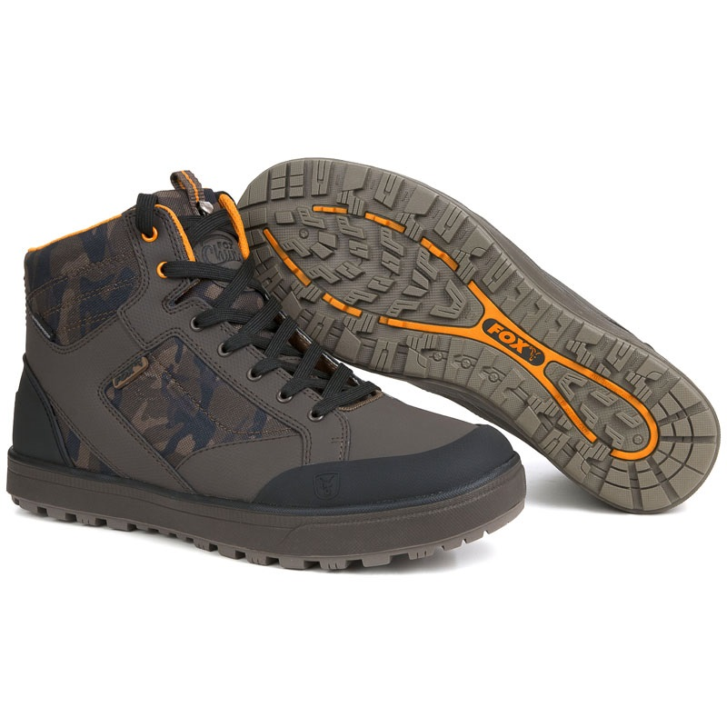 Buty w kamuflażu